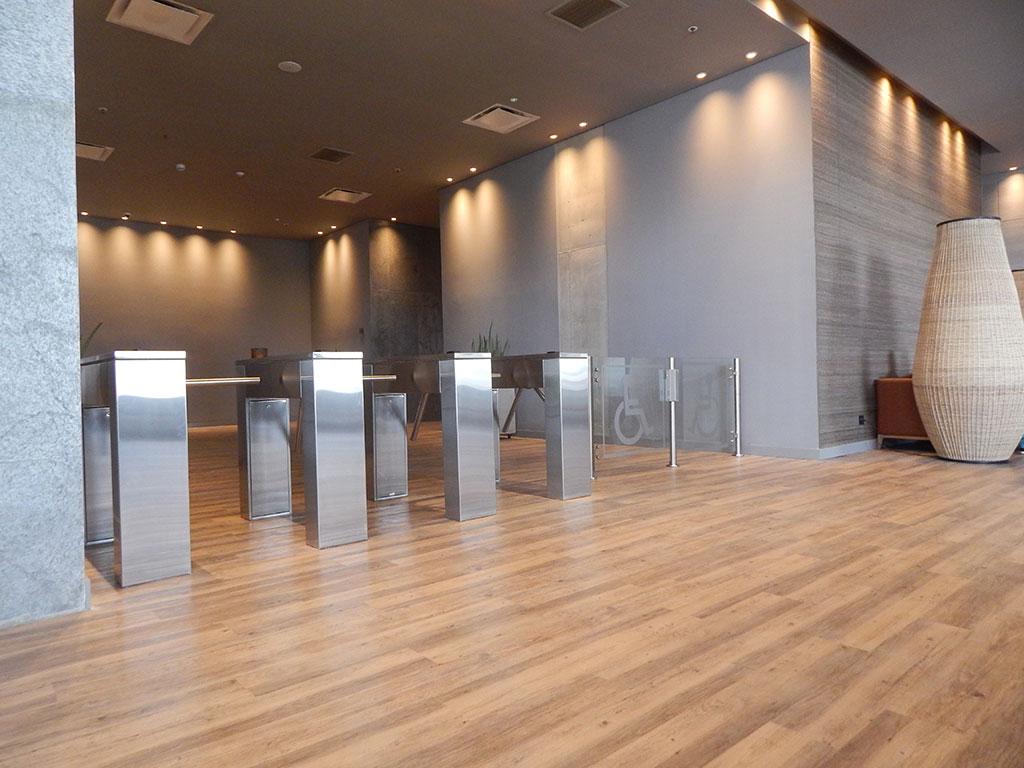 AP Ingeniería - Buró 51 Centro Empresarial y Hotel Movich