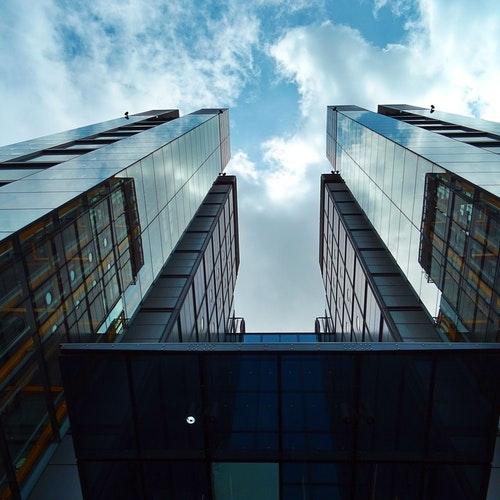 Edificios Comerciales y Empresariales | AP Ingeniería